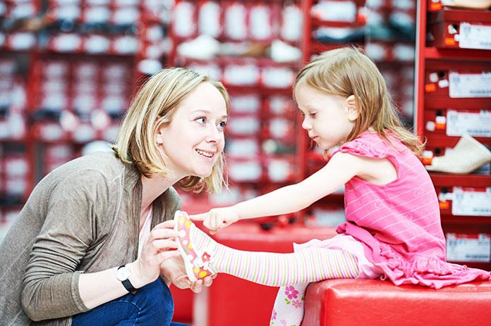 Jak kupować obuwie dla dzieci?
