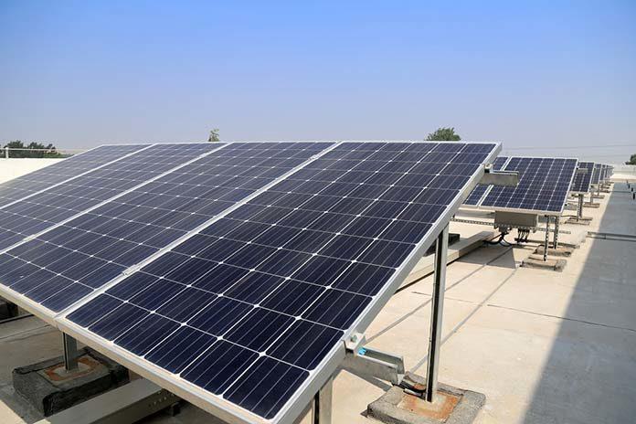 Fotowoltaika – czy warto? Szukamy zalet odnawialnych źródeł energii!