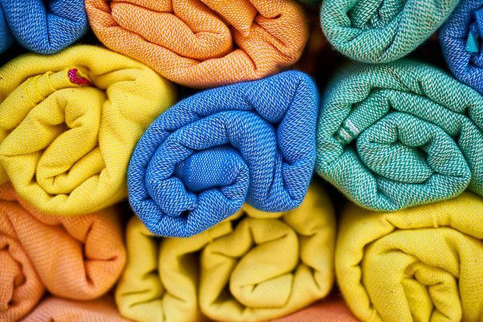 Jak wybrać dobrą hurtownię tkanin